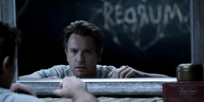 Sử dụng lại 3 cảnh kinh điển, Doctor Sleep có đang 'dựa hơi' quá nhiều vào The Shining! ảnh 1