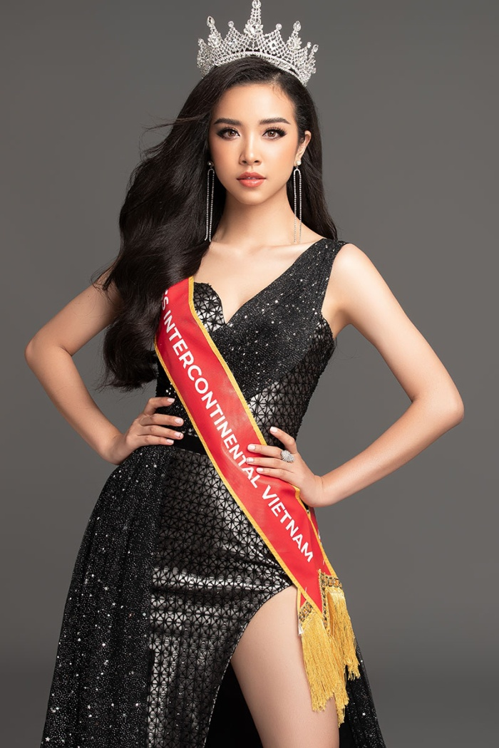 Á hậu Thúy An khoe body hút mắt, xuất hiện nổi bật trên trang chủ Miss Intercontinental ảnh 3