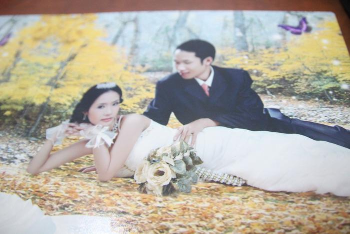 Ảnh cưới trước hạnh phúc ngắn ngủi của vợ chồng chị Trang.