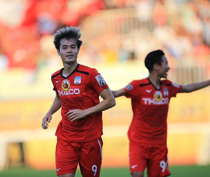 Văn Toàn không thể giành giải Cầu thủ hay nhất V.League 2019 dù rất xứng đáng. Ảnh: CLB HAGL