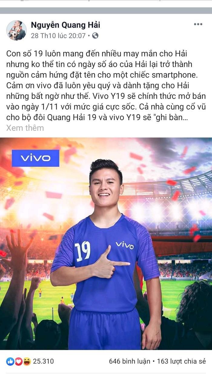 Quang Hải hào hứng chia sẻ về số ảo của mình trở thành nguồn cảm hứng đặt tên cho dòng sản phẩm Y19 của vivo.