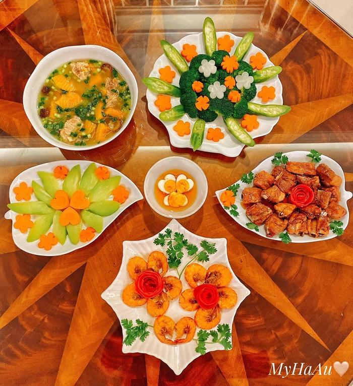 Bữa cơm vô cùng hấp dẫn mà Hà My chuẩn bị cho chồng
