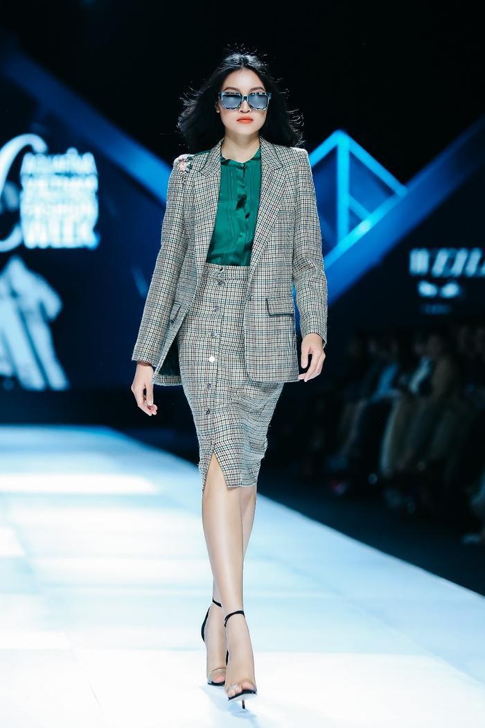 Xu hướng thu đông 2019 mới nhất của Weill tại Tuần lễ thời trang Quốc tế Việt Nam ảnh 3