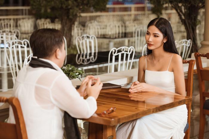 Thầy dạy catwalk của HHen Niê 3 lần liên tiếp khẳng định Hoàng Thùy sẽ đăng quang Miss Universe 2019 ảnh 9