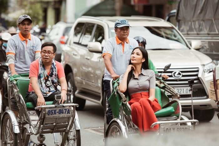 Thầy dạy catwalk của HHen Niê 3 lần liên tiếp khẳng định Hoàng Thùy sẽ đăng quang Miss Universe 2019 ảnh 4