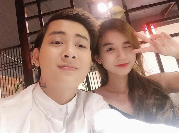 Bảo Ngọc chia sẻ rằng cô luôn hỗ trợ chồng hết mình, tất cả chỉ vì muốn Hoài Lâm được thảnh thơi, dồn sức cho đêm diễn.