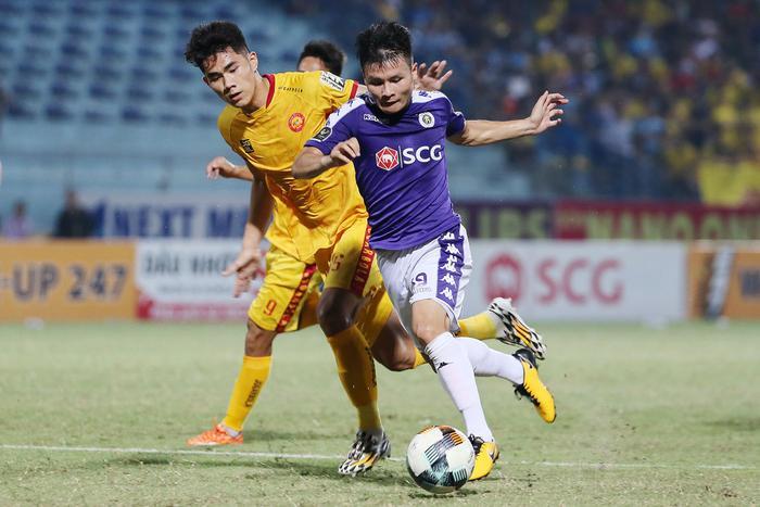 Quang Hải chia tay Hà Nội FC chỉ là thông tin chỉnh sửa trên Wikipedia. Ảnh: Hanoi FC.