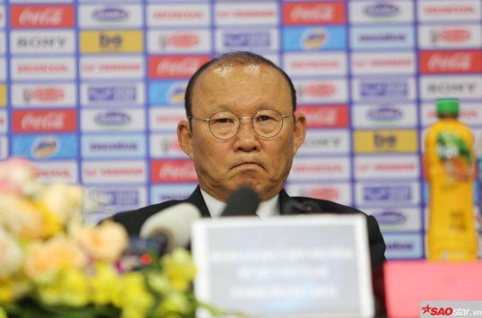 Trước HLV Park Hang Seo, nhiều HLV không vượt qua nổi 2 nhiệm kỳ.