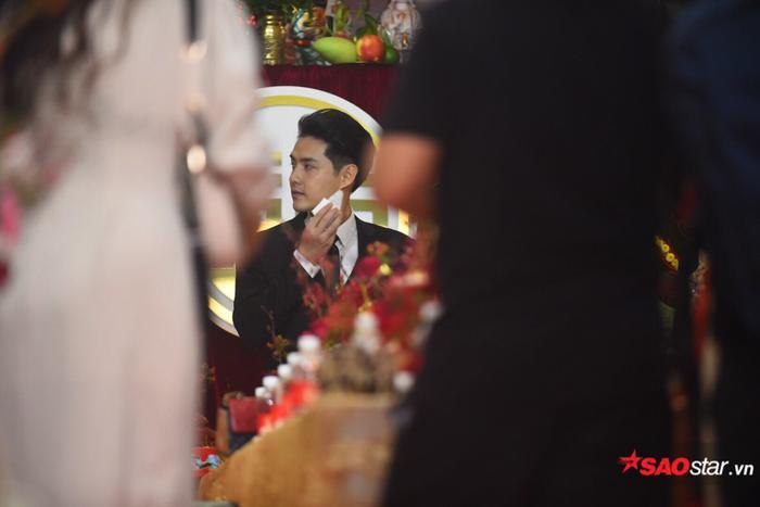 Ông Cao Thắng cười không ngớt trong ngày thành hôn, Song Luân  Uni5 làm phù rể cạnh tranh độ soái ca ảnh 9