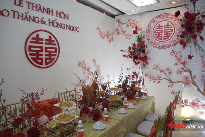Ông Cao Thắng cười không ngớt trong ngày thành hôn, Song Luân  Uni5 làm phù rể cạnh tranh độ soái ca ảnh 2