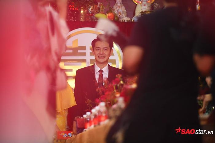 Ông Cao Thắng cười không ngớt trong ngày thành hôn, Song Luân  Uni5 làm phù rể cạnh tranh độ soái ca ảnh 0
