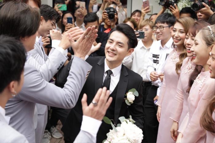 Ông Cao Thắng lịch lãm trong ngày đám cưới