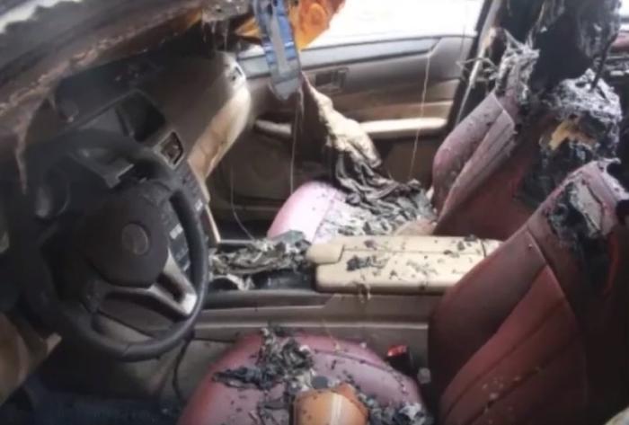 Tổng thiệt hại của 3 chủ xe lên đến hơn 1 tỷ VND.