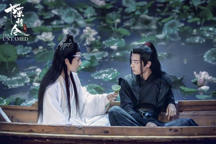 Tiêu Chiến và Địch Lệ Nhiệt Ba trở thành diễn viên được yêu thích nhất của Golden Tower Award ảnh 11