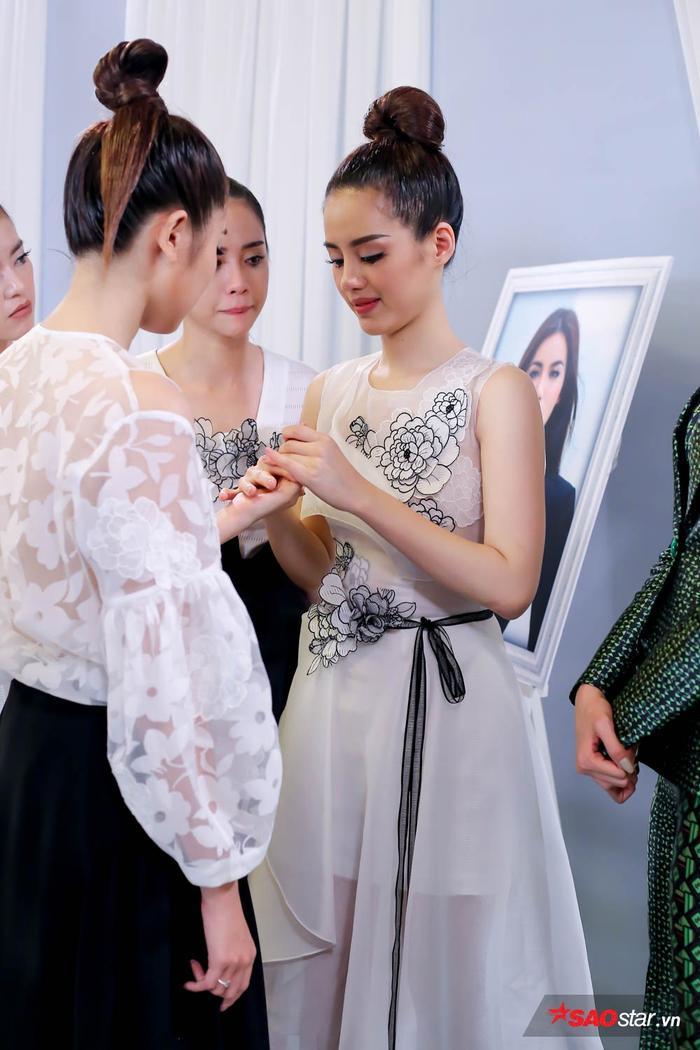 Trong khi đó, Tường Linh sớm bị loại lại trở thành Beauty Vlogger thực thụ.