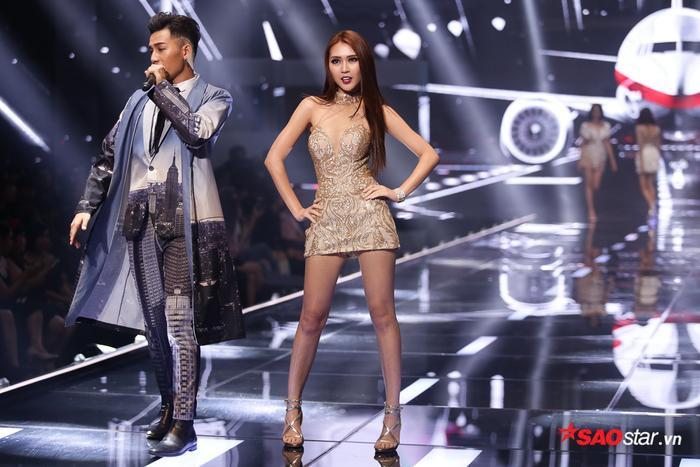 Trong khi đó, Tường Linh lọt vào Top 4 chung cuộc và giành giải á quân.
