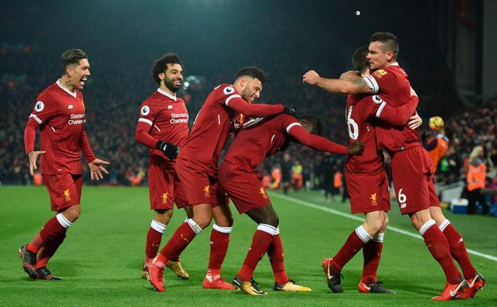 Liverpool sẽ có trận đấu 6 điểm với Man City.