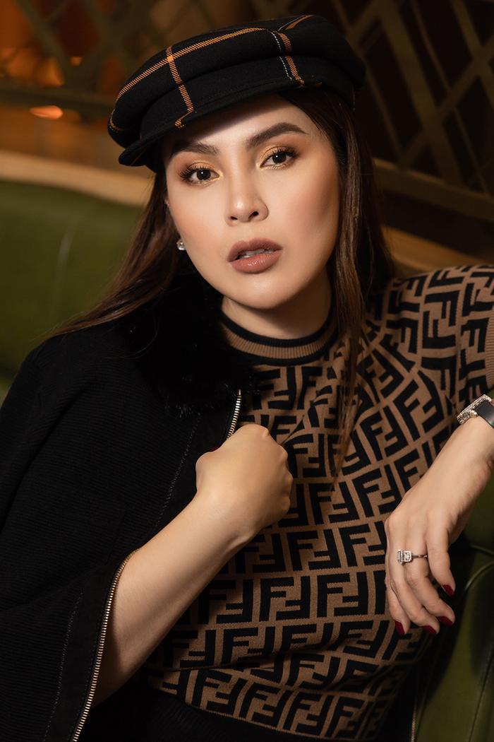 Hoa hậu Phương Lê khoe khéo eo thon, cằm Vline sau khi giảm cân thành công ảnh 6