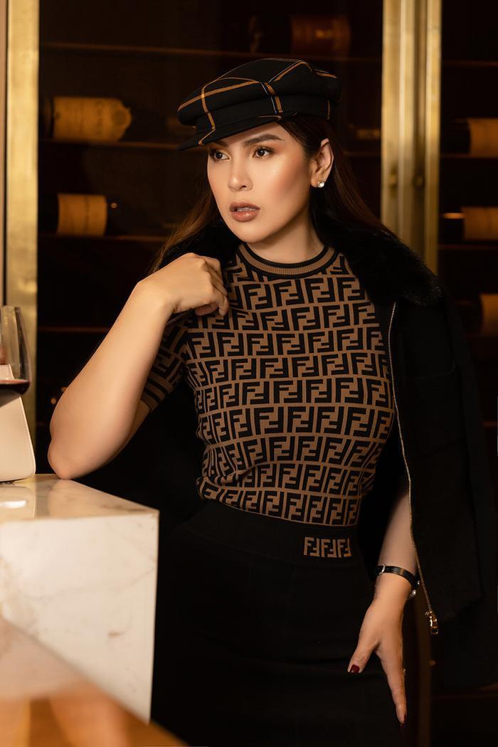 Hoa hậu Phương Lê khoe khéo eo thon, cằm Vline sau khi giảm cân thành công ảnh 9