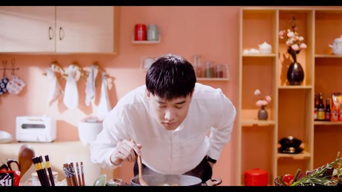 Quốc Trường cho ra mắt web series Vào bếp đi con sau vai Vũ vẻ vang trong Về nhà đi con ảnh 5