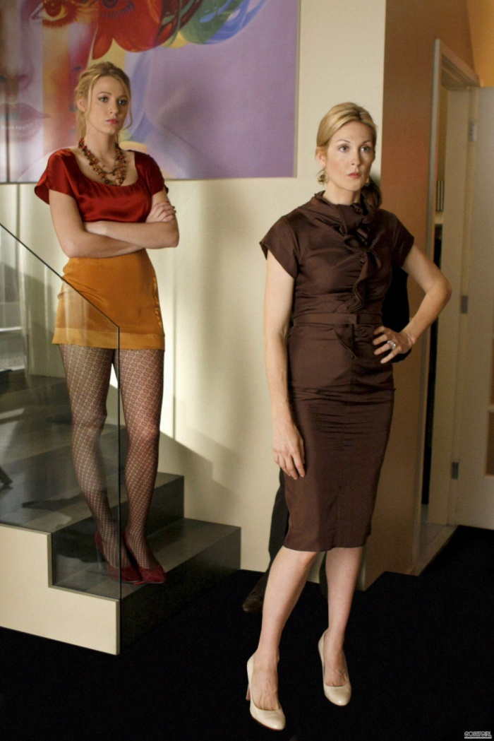 Gossip Girl trở lại sau 10 năm, nhìn lại những outfit đỉnh cao của Queen B năm ấy chúng ta theo đuổi