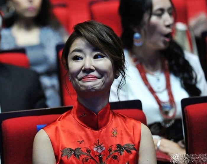Loạt ảnh không photoshop 'tố' nhan sắc thật mỹ nhân Việt - Trung, có người không thể nhận ra