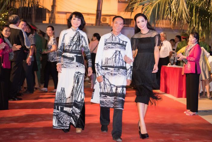 Xuất hiện tại quê nhà Bến Tre, Phương Khánh được fan khen ngoài đời đẹp hơn trong ảnh hàng trăm lần ảnh 10