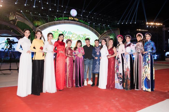 Xuất hiện tại quê nhà Bến Tre, Phương Khánh được fan khen ngoài đời đẹp hơn trong ảnh hàng trăm lần ảnh 9