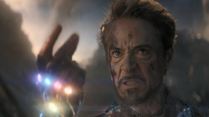 Iron Man đã cho Thanos và đội quân của hắn nếm trải mùi vị của cú búng tay