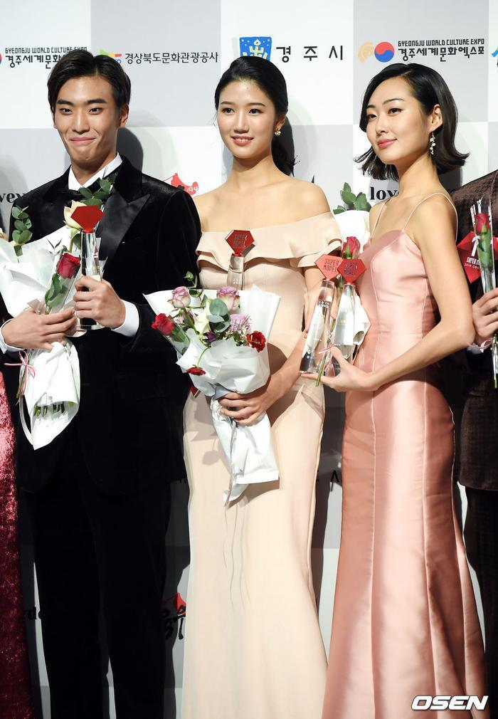 Lee Joo Heon,Jang Won Jin và Min Ha Kyung (từ trái sang phải).