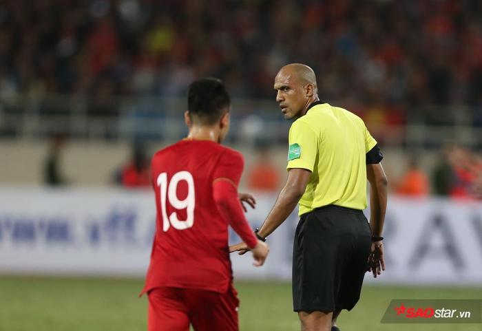 Quang Hải thi đấu mờ nhật trong cả 2 trận đấu gặp Thái Lan ở vòng loại World Cup 2022.