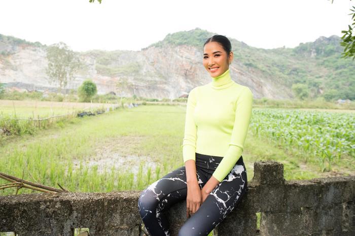 Có một Hoàng Thùy chân phương, từ làng quê Thanh Hóa đến Mỹ chinh phục Miss Universe 2019 ảnh 7
