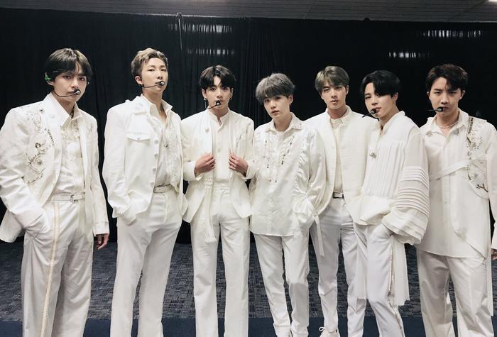 Cái giá của sự nổi tiếng: 7 thành viên BTS bị áp lực lớn! ảnh 4