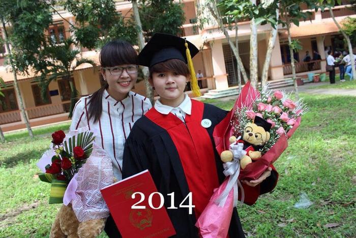 Năm này, em là người dự lễ tốt nghiệp của T.