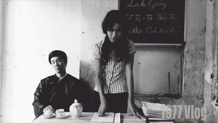 Sống Mòn Parody - Giáo Án Lửa Thiêngcòn nói về cuộc sống của những người theo trường phái ngày chủ nhật.