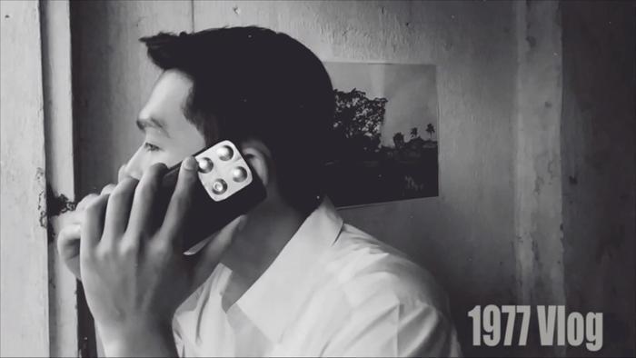 iPhone Pro Max siêu sang chảnh cũng xuất hiện trong vlog của nhóm 1977.