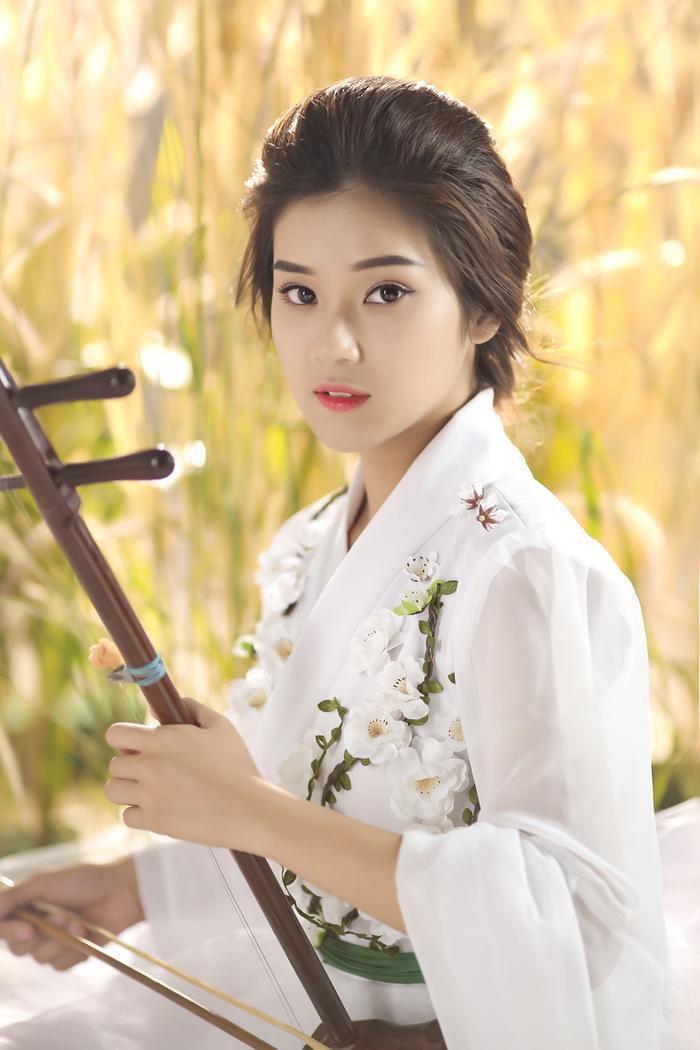Hoàng Yến Chibi.