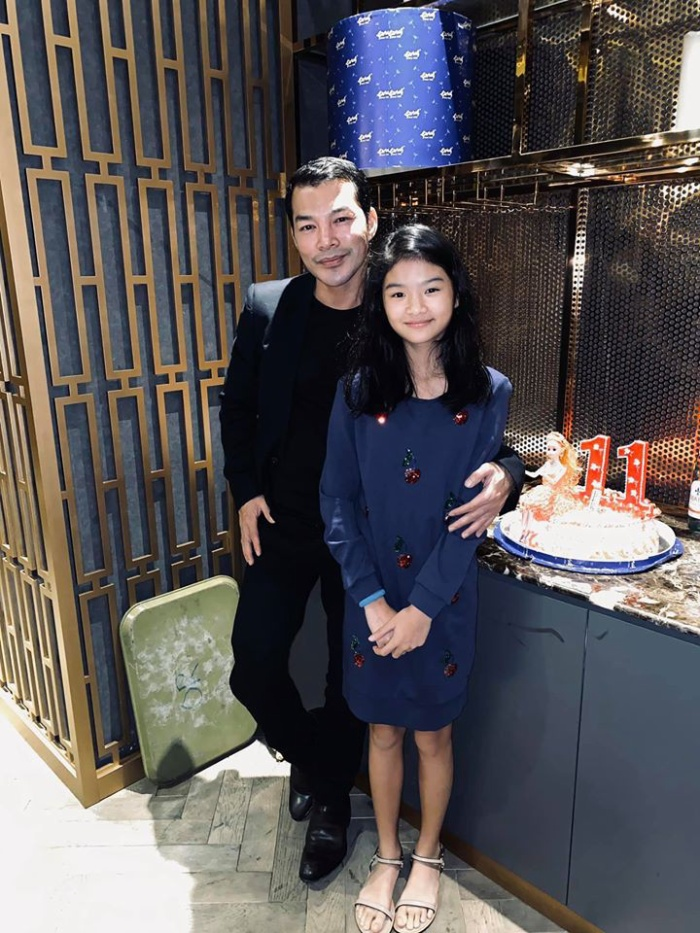 Hình ảnh cùng con gái được Trần Bảo Sơn đăng tải thu hút sự chú ý của đông đảo dân mạng.
