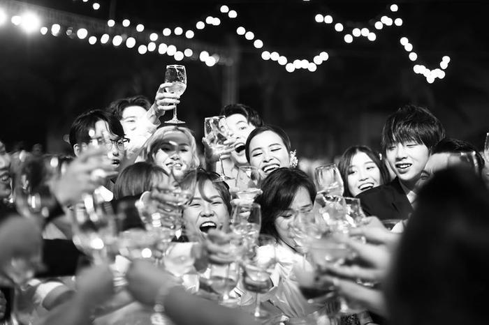 Những khoảnh khắc đáng nhớ đám cưới Đông Nhi  Ông Cao Thắng: Khi cả khách mời lẫn nhân vật chính đều khóc rồi cười ảnh 2