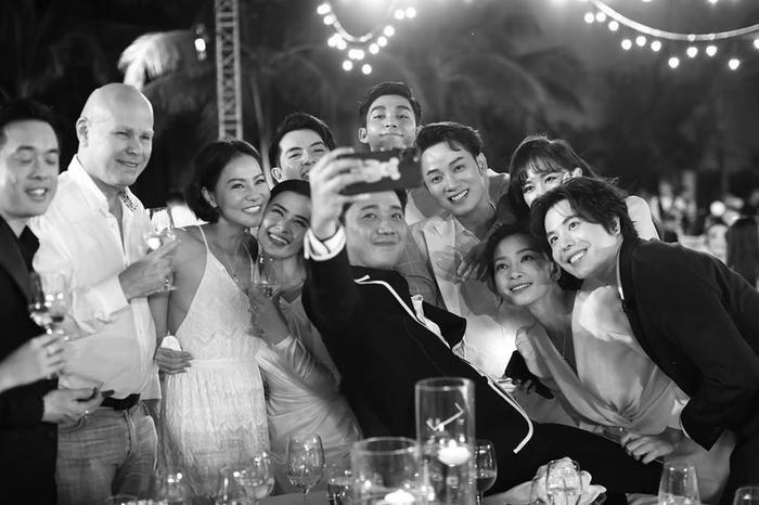 Những khoảnh khắc đáng nhớ đám cưới Đông Nhi  Ông Cao Thắng: Khi cả khách mời lẫn nhân vật chính đều khóc rồi cười ảnh 5