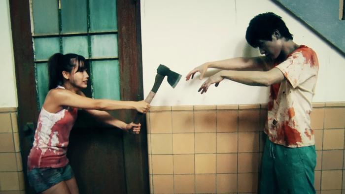Không chỉ là tựa phim zombie hấp dẫn, One Cut of the Dead còn ẩn chứa một bí mật sẽ khiến bất kì ai khi xem cũng thích thú.