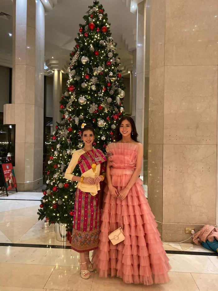 Lương Thùy Linh ghi điểm với váy hồng công chúa, hát hit A Million Dreams phần thi Tài năng  Miss World 2019 ảnh 9