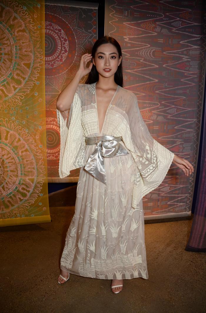 Lương Thùy Linh là đại diện Việt Nam có thành tích ấn tượng nhất sau khi hoa hậu Hương Giang giành giải Á hậu 1 - Top Model tại Miss World 2009.