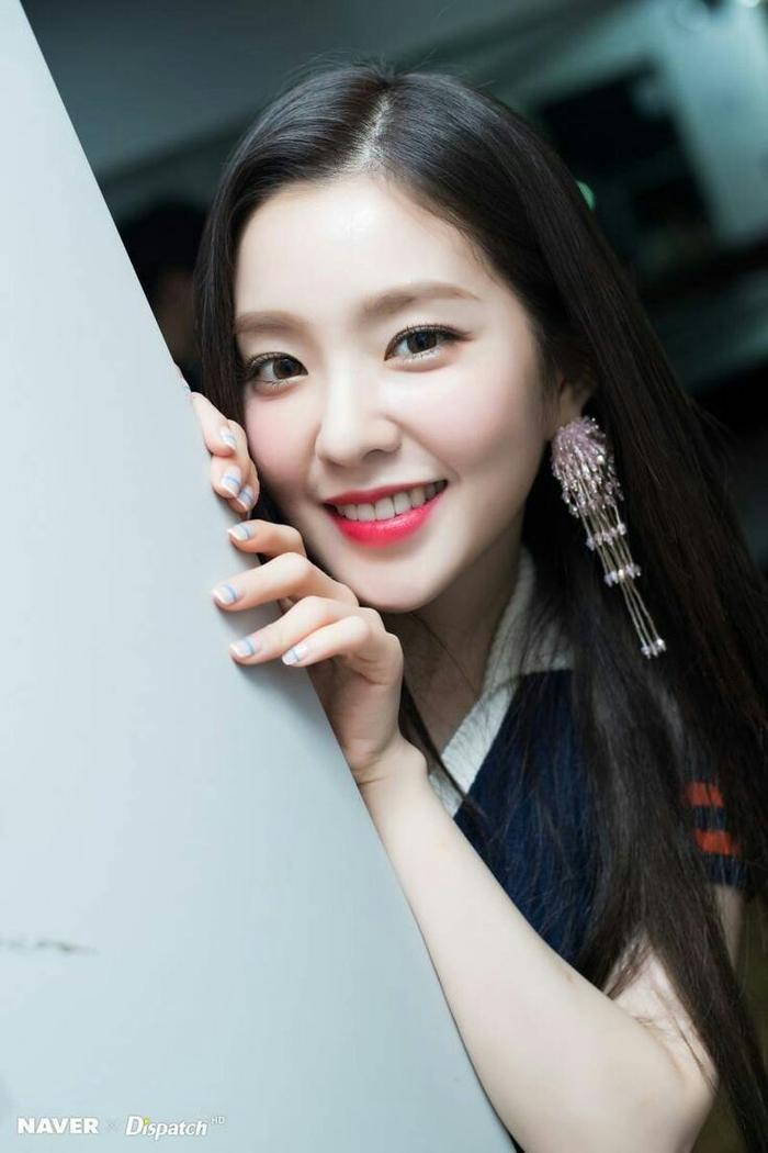 """Irene với nhan sắc được đánh giá là """"chuẩn Hàn."""""""