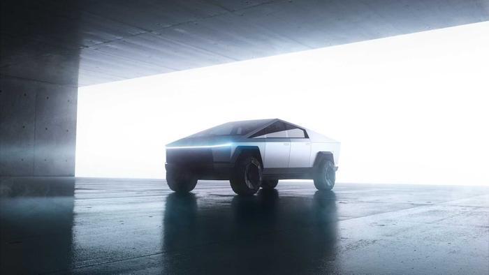 Tesla trang bị cho xe nguồn điện riêng, có thể đáp ứng hầu hết mọi nhu cầu của người dùng, như các buổi cắm trại ngoài trời.(Ảnh: Tesla)