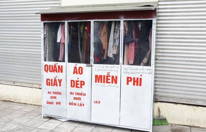 Tương tự tủ quần áo miễn phí ở khu đô thị Đền Lừ.