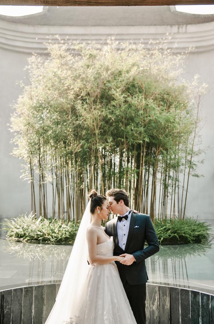 Trọn vẹn ảnh cưới của vợ chồng Hoàng Oanh: Trong veo như những thước phim điện ảnh! ảnh 8