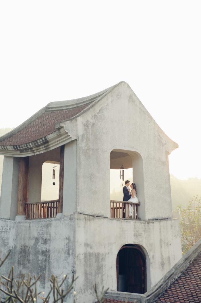 Trọn vẹn ảnh cưới của vợ chồng Hoàng Oanh: Trong veo như những thước phim điện ảnh! ảnh 7