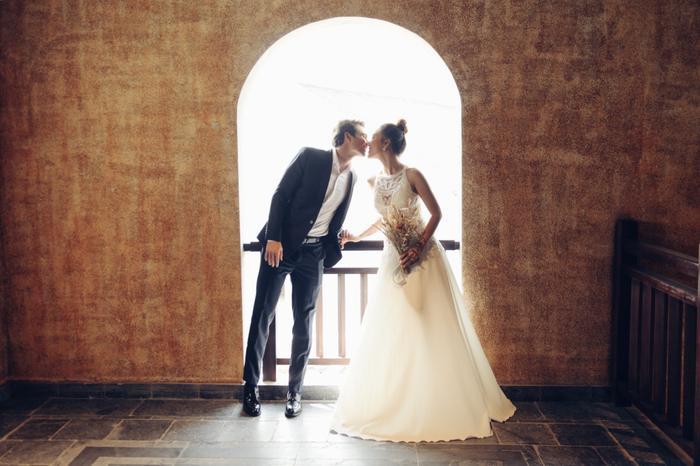 Trọn vẹn ảnh cưới của vợ chồng Hoàng Oanh: Trong veo như những thước phim điện ảnh! ảnh 9