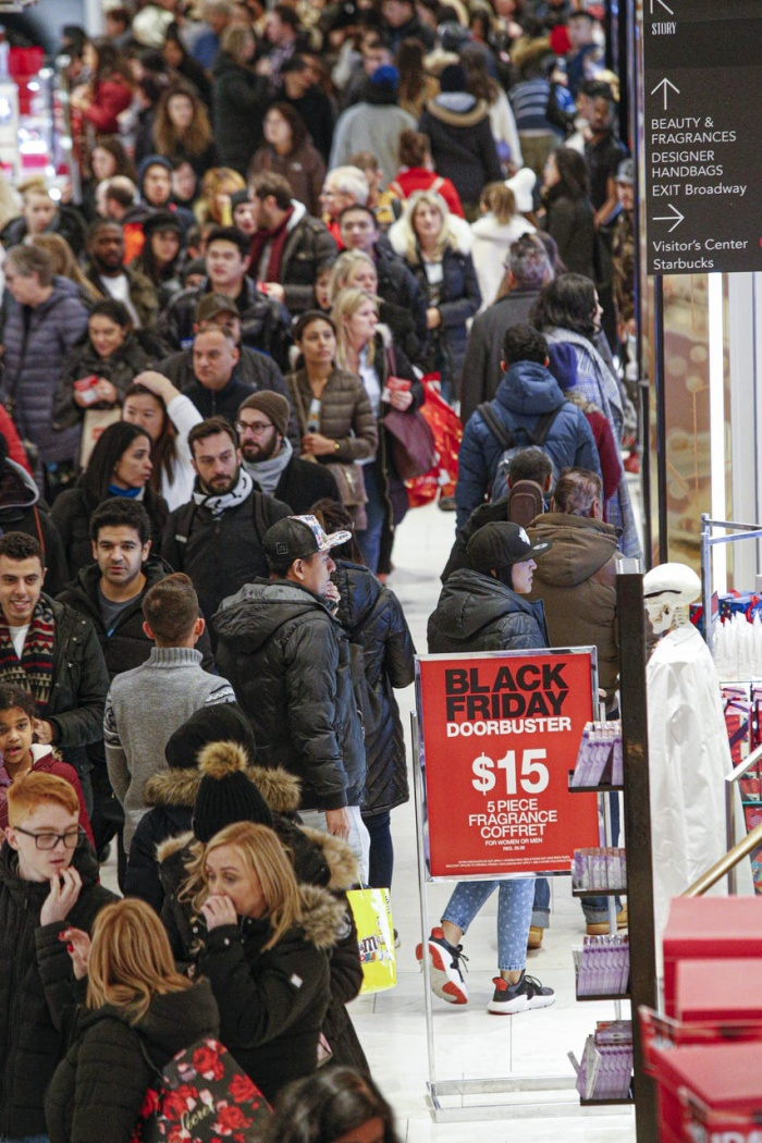Dự kiến, người tiêu dùng sẽ chi tổng cộng 728 - 731 tỷ USD cho mùa mua sắm trong tháng 11 và tháng 12 năm nay.